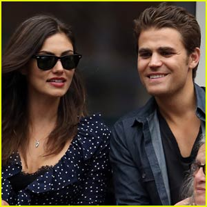 Paul Wesley & Phoebe Tonkin Couple Up for the U.S. Open!