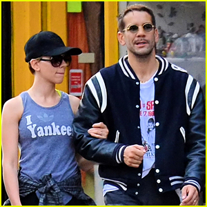 Scarlett Johansson Works On Her Fitness with Her Hubby
