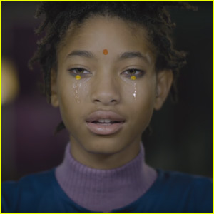 Watch Willow Smith Bring Her World to Life in New 'Why Don't You Cry' Music Video