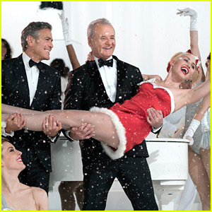 Bill Murray's Netflix Christmas Special Features So Many Celebrity Stars - First Preview!