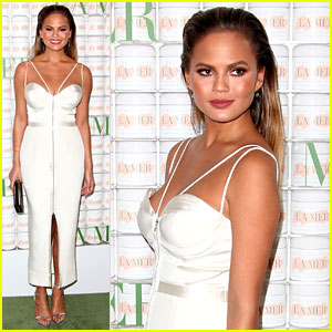 Chrissy Teigen Makes First Appearance Since Pregnancy Reveal