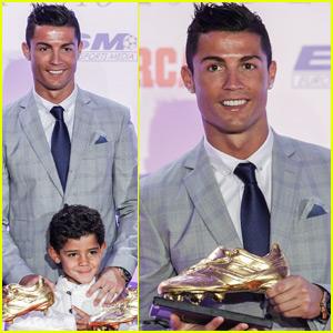 Cristiano Ronaldo Wins Record Fourth Golden Boot Award