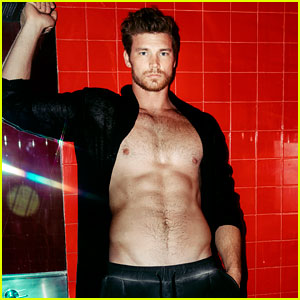 Derek Theler Proves He Has the Body for a Superhero Role