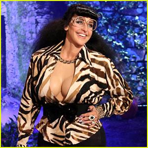 Ellen DeGeneres' Halloween Costume 2015: Karla Kardashian!