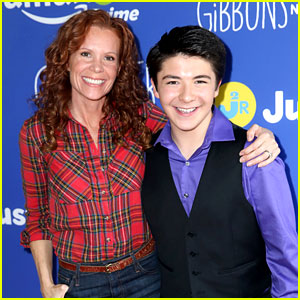 'Gortimer Gibbon's' Cast Celebrates Season 2 at Just Jared Jr. & Amazon Prime's Fall Fun Day!