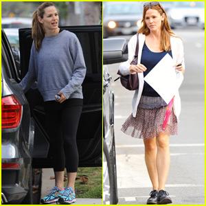Jennifer Garner Goes Makeup-Free for Mid-Week Errands