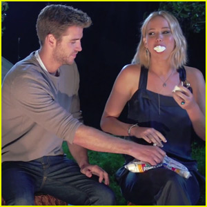 Watch Jennifer Lawrence Stuff 10 Marshmallows in Her Mouth
