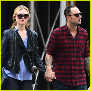 Julia Stiles Holds Hands with Tattooed Mystery Guy