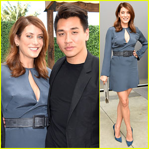 Kate Walsh Basically Wrote a Love Tweet to This Dress