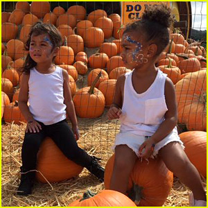 Kim Kardashian Brings North West to the Pumpkin Patch - See the Cute Pics!