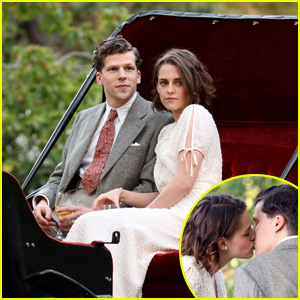 Kristen Stewart & Jesse Eisenberg Kiss During Romantic Scene in Central Park