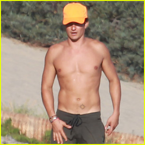Orlando Bloom Goes Shirtless While Playing Beach Bocce Ball