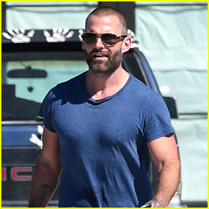 Seann William Scott Steps Out in a Muscle Tee