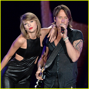 Taylor Swift Rocks Out with Keith Urban in Toronto!