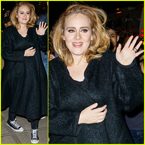 Adele's Song 'Hello' Tops the Billboard Charts Once Again!
