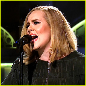 Adele Sings 'When We Were Young' Live on 'SNL' (Video)