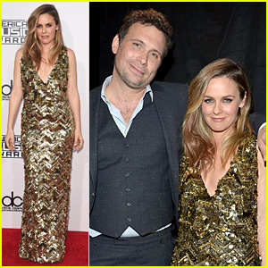 Alicia Silverstone & Jeremy Sisto Have a 'Clueless' Reunion at AMAs 2015!