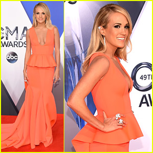 Carrie Underwood Kicks Off CMA Awards 2015 Red Carpet!
