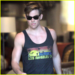 Chris Pine Skips a Halloween Costume, But Gives a Gun Show