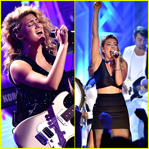 Tori Kelly & Rachel Platten Perform Medleys At VH1's You Ougtha Know Concert