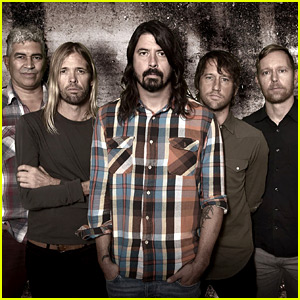 Foo Fighters Cancel Remainder of Tour After Paris Attacks