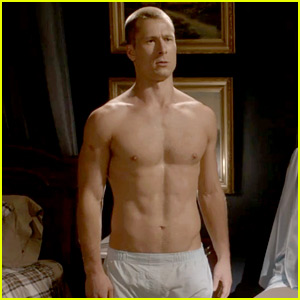 Glen Powell Went Shirtless on 'Scream Queens' Yet Again!