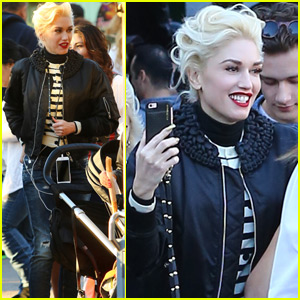 Gwen Stefani & Blake Shelton Spend Thanksgiving Apart