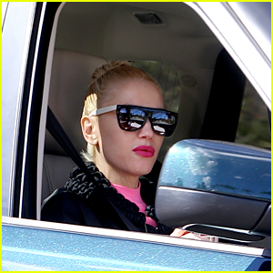 Gwen Stefani Shares a Cute Snap with New Beau Blake Shelton