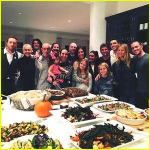 Gwyneth Paltrow & Chris Martin Reunite For Thanksgiving Feast