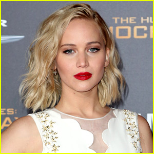 Jennifer Lawrence Signs On to Direct 'Project Delirium'!