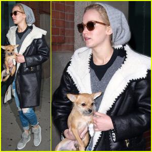 Jennifer Lawrence Emerges After Directorial Debut News