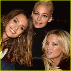 Jessica Alba Invites Reese Witherspoon & Friends To Celebrate Honest Beauty Launch