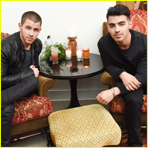 Nick & Joe Jonas Celebrate Movember With Birchbox Man!