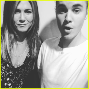 Jennifer Aniston Snaps a Smiley Photo With Justin Bieber!
