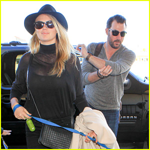Kate Upton & Justin Verlander Jet Out of Town for Thanksgiving