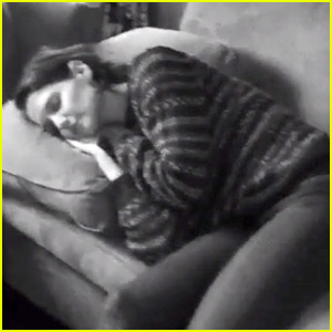 Katie Holmes Is Recovering from a Thanksgiving Food Coma!