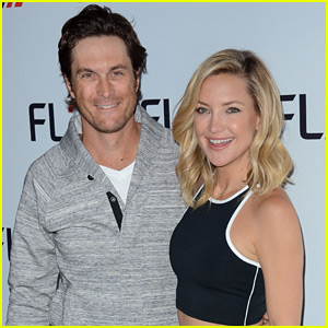oliver hudson rules of engagement