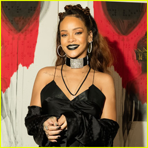 Rihanna Launches Fashion, Styling, & Beauty Agency