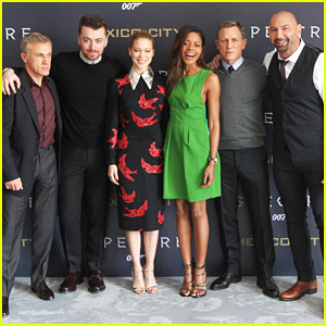 Sam Smith Joins Daniel Craig & 'Spectre' Cast At Mexico City Photo Call!