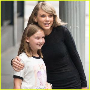 Taylor Swift Rocks a Lacy Little Black Dress in Sydney