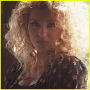 Tori Kelly Debuts 'Hollow' Music Video - Watch Now!
