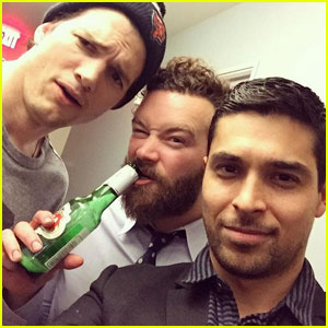 'That 70s Show' Reunion! Ashton Kutcher, Wilmer Valderrama, Danny Masterson Grab Some Beers Together!