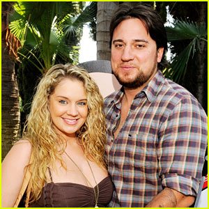 Chris Carney Dead - Tiffany Thornton's Husband Dies in Car Crash at 35