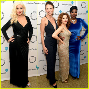 Christina Aguilera Pays Tribute to Sinatra with Broadway's Best!