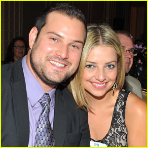 Glee's Max Adler Marries Longtime Fiancee Jennifer Bronstein!