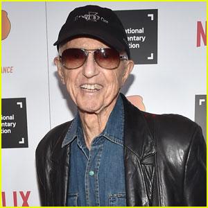 Oscar-Winning Cinematographer Haskell Wexler Dies at 93