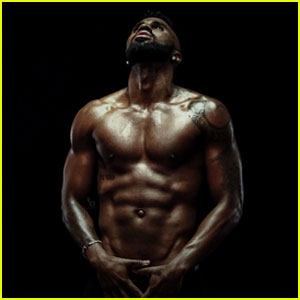 Jason Derulo Shows Off His Hard Earned Abs
