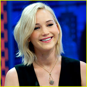 Jennifer Lawrence Reacts to Her Golden Globe Nomination