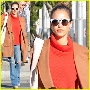 Jessica Alba Breaks a Sweat With Her Dad Before the Holidays