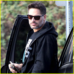 Joe Manganiello's Wedding Dance Gets Raves from Channing Tatum